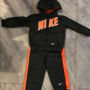 Nike therma-fit track suit